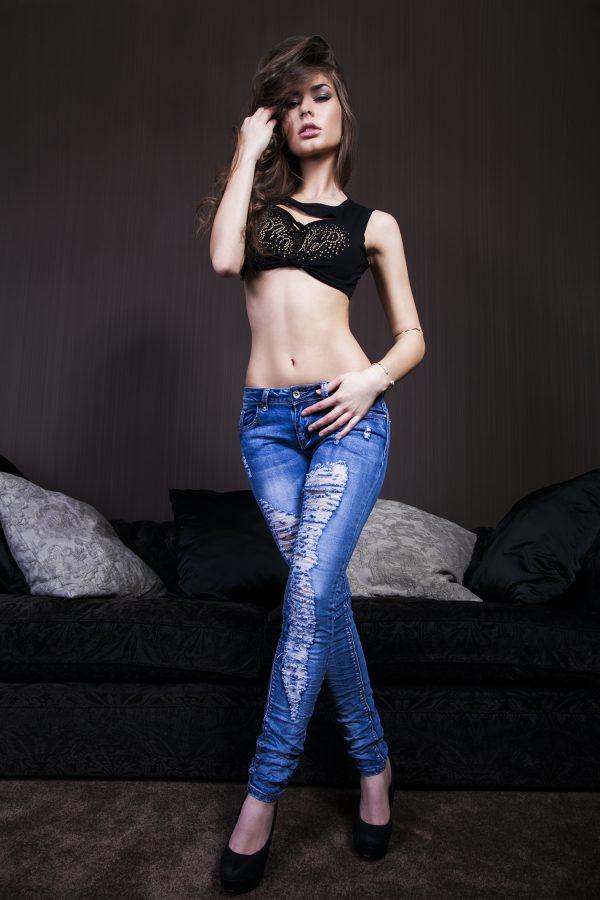 Karolína Kokešová