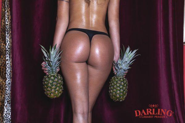 Glamour photoshoot pineapple (1)