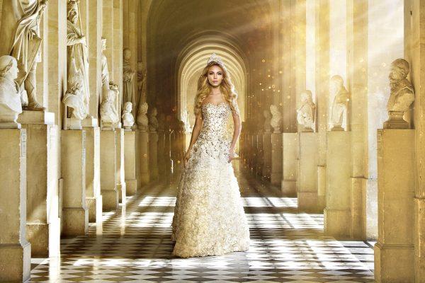 Daniela Smržová photography Praha fotograf reklama focení modelka model Monika Vaculíková czech castle