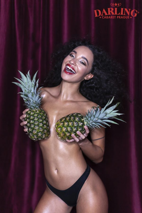 Glamour photoshoot pineapple (2)
